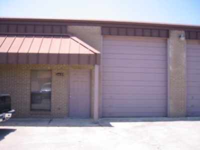 11930 Industriplex Blvd., Unit: 15
